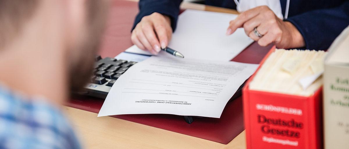 Arbeitsvertrag So Vermeiden Sie Rechtliche Fehler Handwerkskammer