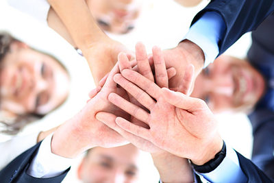 Small group of business people joining hands, low angle view Schlagwort(e): circle, join, teamwork, success, support, people, business, smile, team, worker, caucasian, staff, meeting, angle, businessman, happy, friendship, group, isolated, young, friends, businesspeople, ring, partners, girl, years, hands, background, associates, happiness, partnership, togetherness, scrum, businesswoman, low, below, office, cheerful, standing, businessteam, confidence, coworkers, concept, unity, natural, women, male, together, looking, union, teamwork, business, team, group, businesspeople, businessteam, circle, join, success, support, people, smile, worker, caucasian, staff, meeting, angle, businessman, happy, friendship, isolated, young, friends, ring, partners, girl, years, hands, background, associates, happiness, partnership, togetherness, scrum, businesswoman, low, below, office, cheerful, standing, confidence, coworkers, concept, unity, natural, women, male, together, looking, union